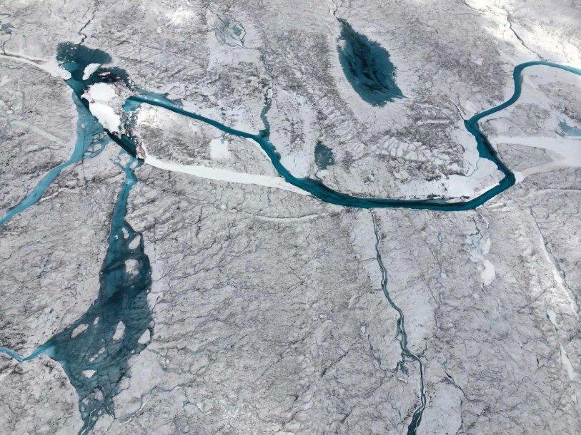 Под льдами Гренландии нашли еще несколько десятков скрытых озер