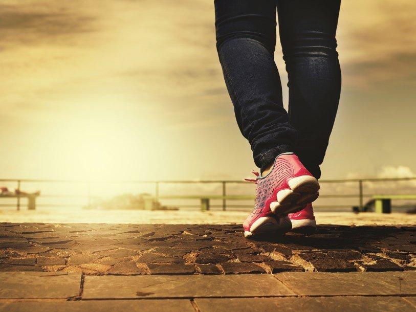 Даже кратковременные физические нагрузки улучшают работу мозга