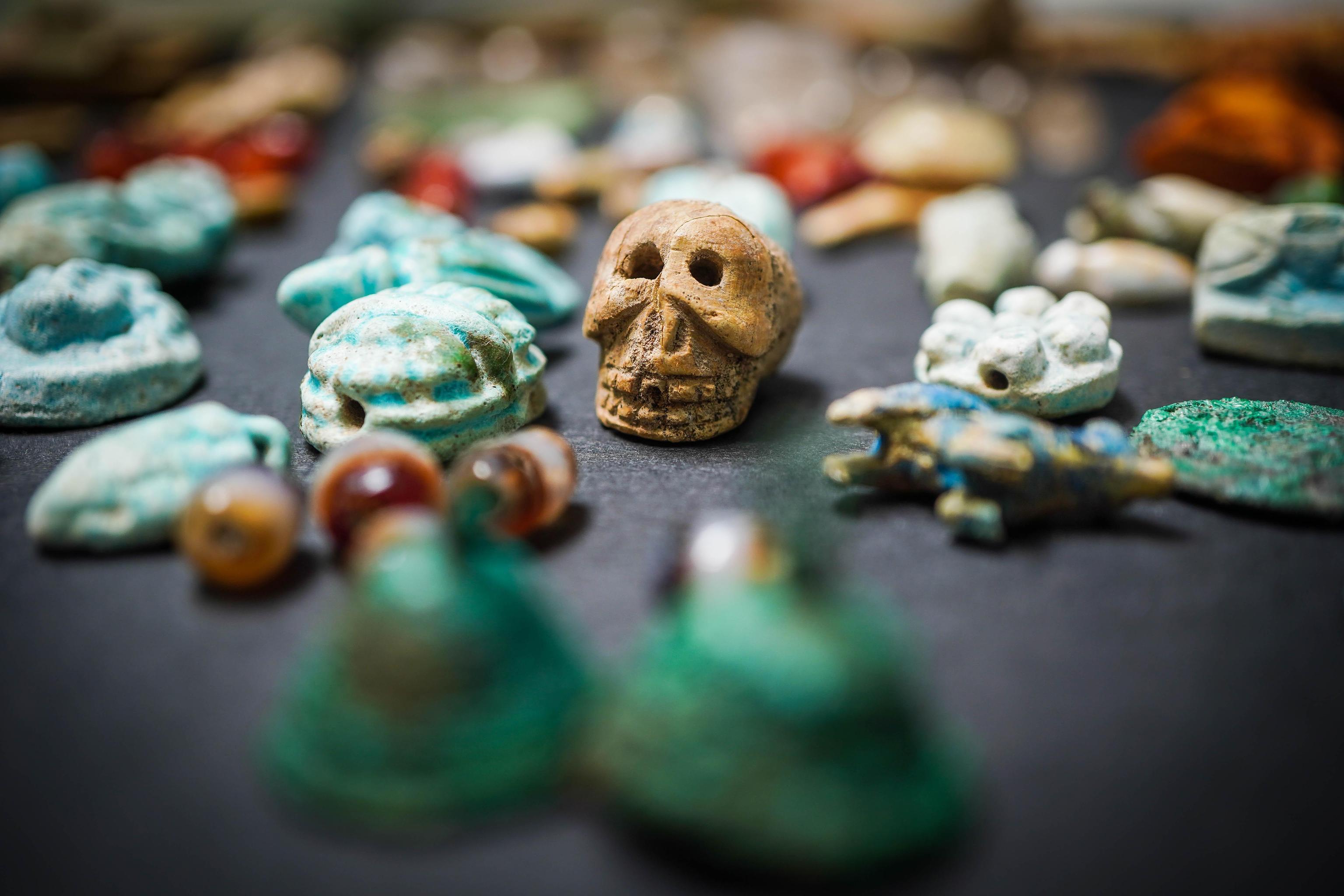 Большое количество украшений и амулетов найдено в одном из домов в Помпеях
