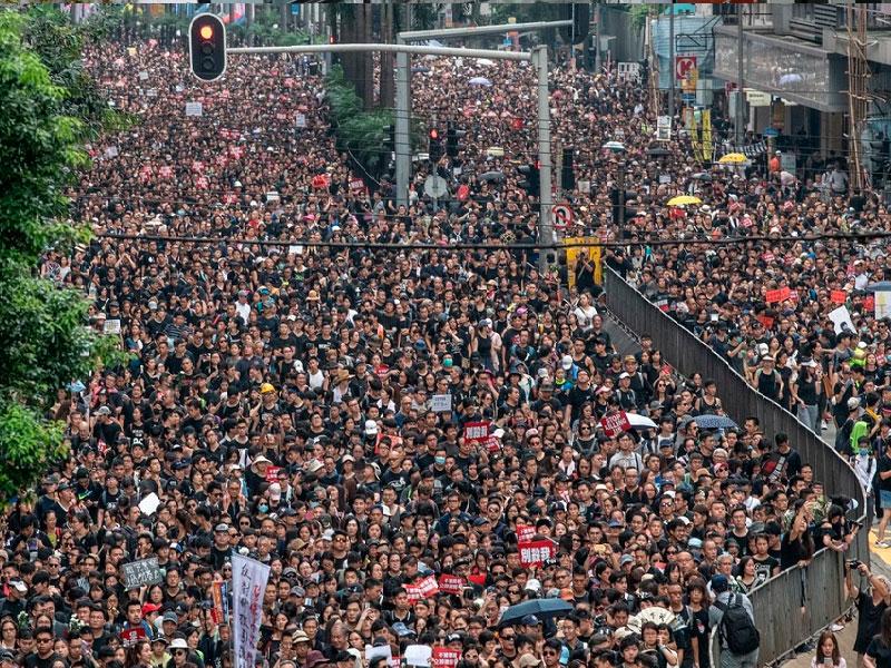 Победа протеста и пекинская угроза
